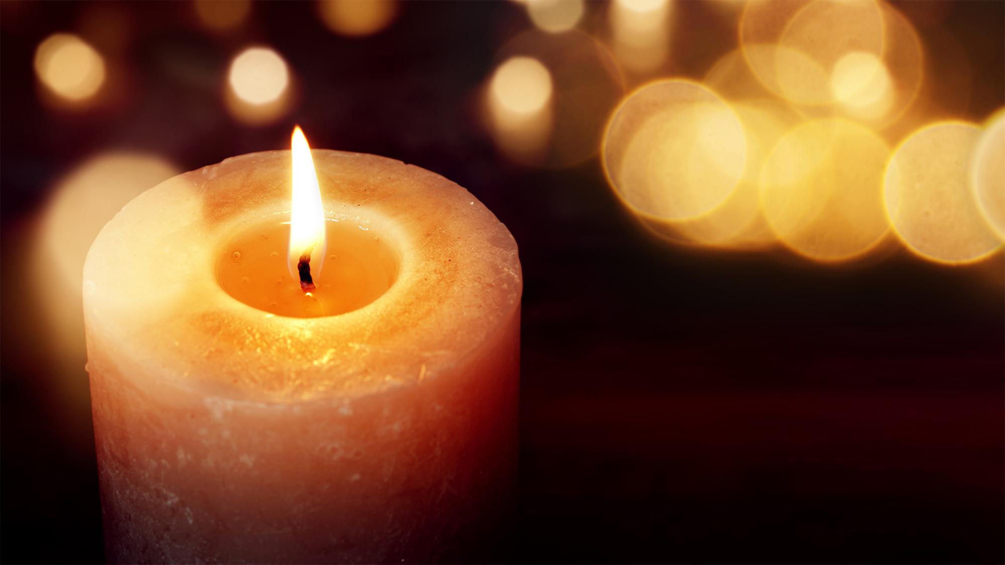 Brennende Kerze